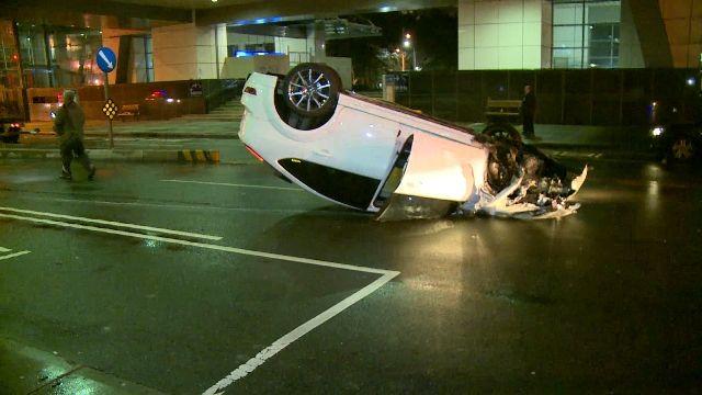酒駕自撞翻車 男子態度惡劣辯「妻子駕車」