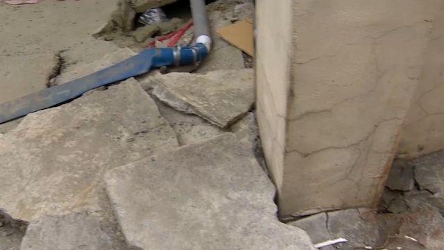 台南安南區土壤液化嚴重 屋下陷家中噴泥沙