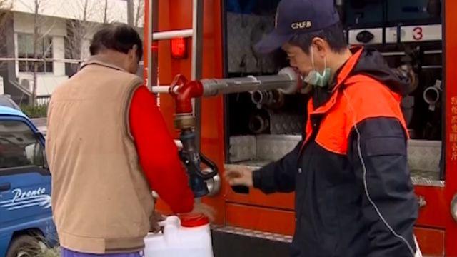 強震後11天八百戶仍無水 「提水提到手軟」
