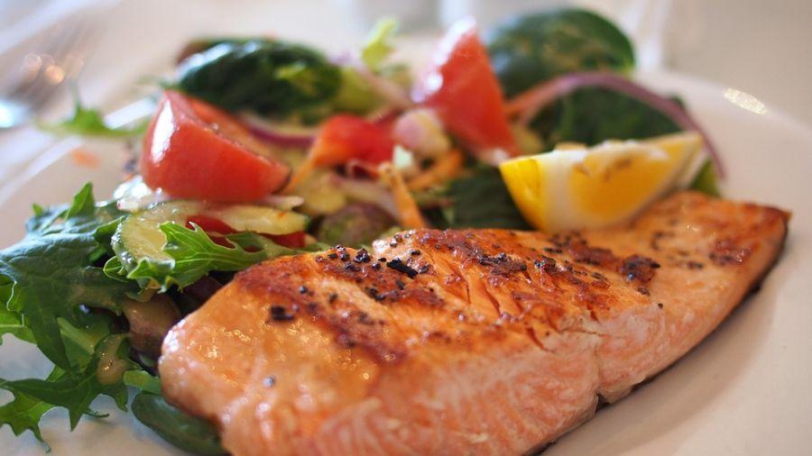 顛覆認知!研究:孕婦吃太多魚易生胖兒