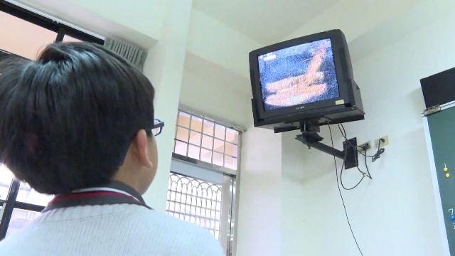使用者付費? 校方採購新電視 向「家長」募款