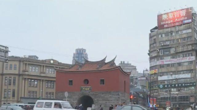 受不了「中華民國美學」 柯P要管廣告招牌