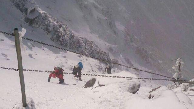 體大生玉山墜谷 師抱屈「複習雪地攀登」非魯莽登山