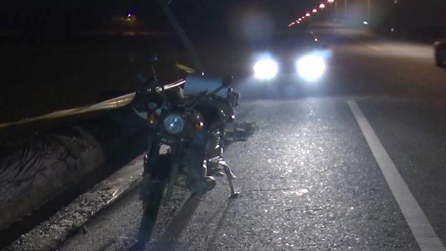 「無米樂」崑濱伯騎車自摔 左腳踝骨折