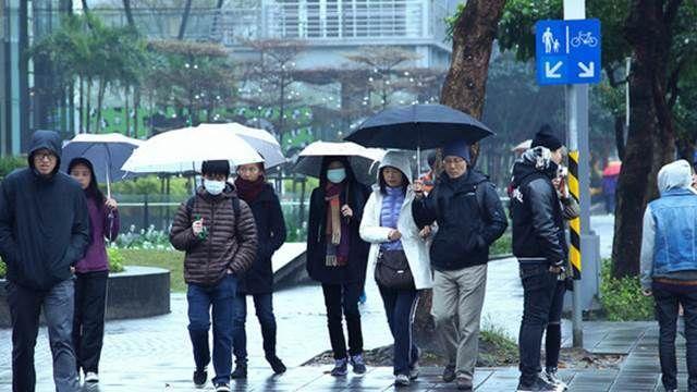 冷氣團稍減弱 攜帶雨具注意保暖