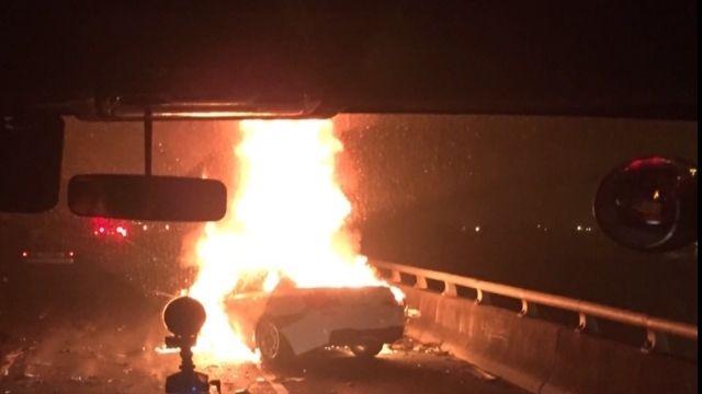 疑上錯匝道撞聯結車2死1傷 雙B駕駛是銀樓小開