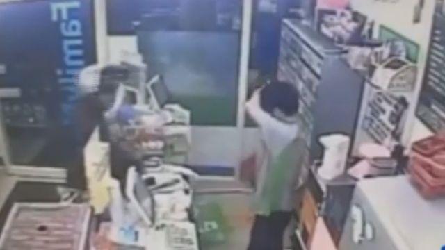 大夜班店員慢15秒結帳 顧客爆氣出拳痛毆