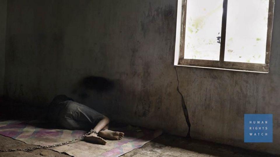 人間地獄!印尼5萬精障者竟與排泄物共處