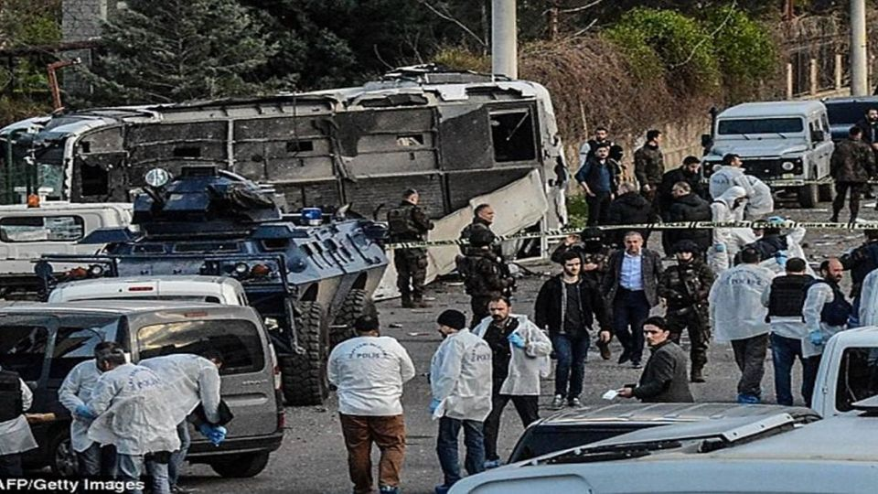 土耳其傳自殺炸彈攻擊 至少7名警察死23傷