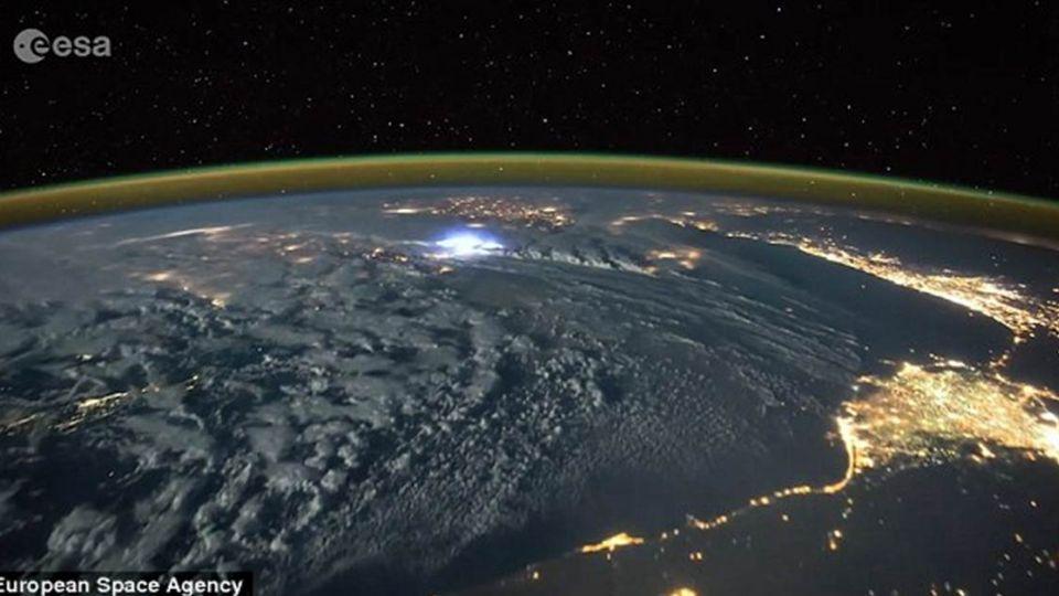 地球縮時攝影 絕美景色令人窒息