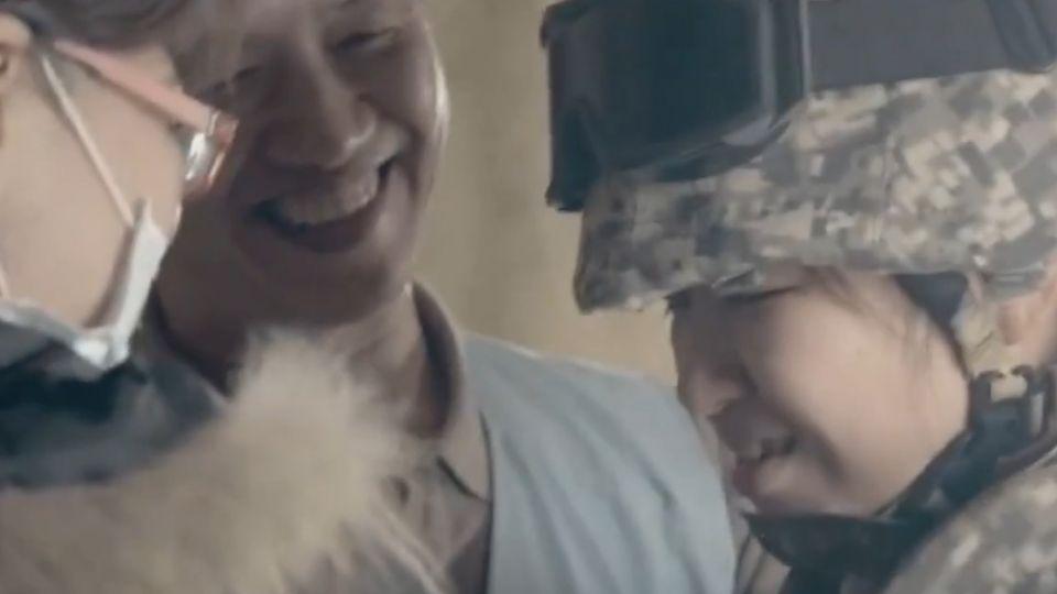 國軍新形象廣告「我會救妳」 母竟是人質 女兵淚崩