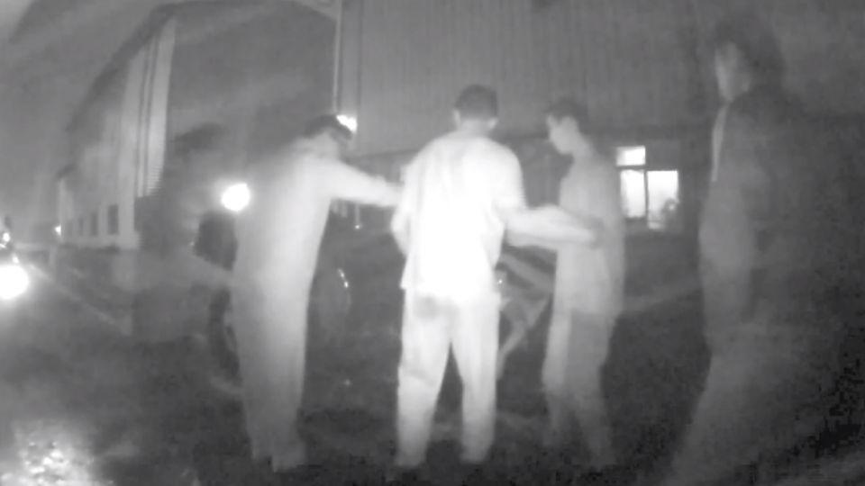 便衣警被當賊 男開車衝撞反遭搜出毒品