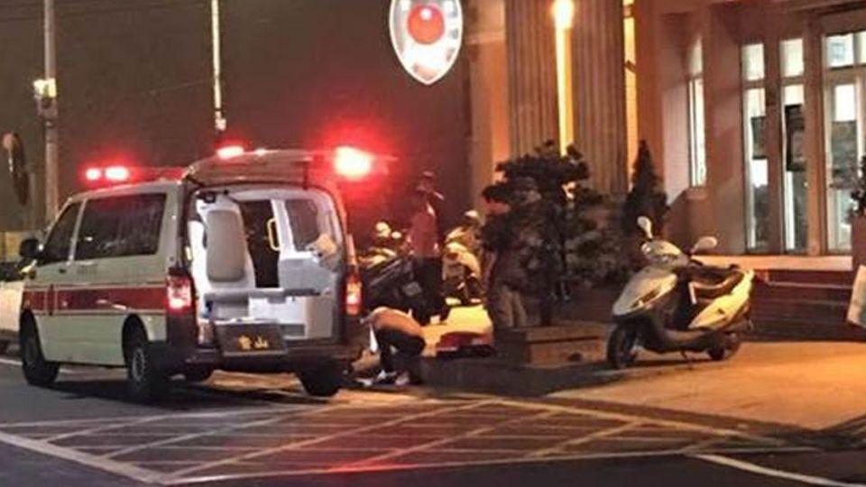 新竹驚傳3人派出所附近遭砍 送醫無大礙