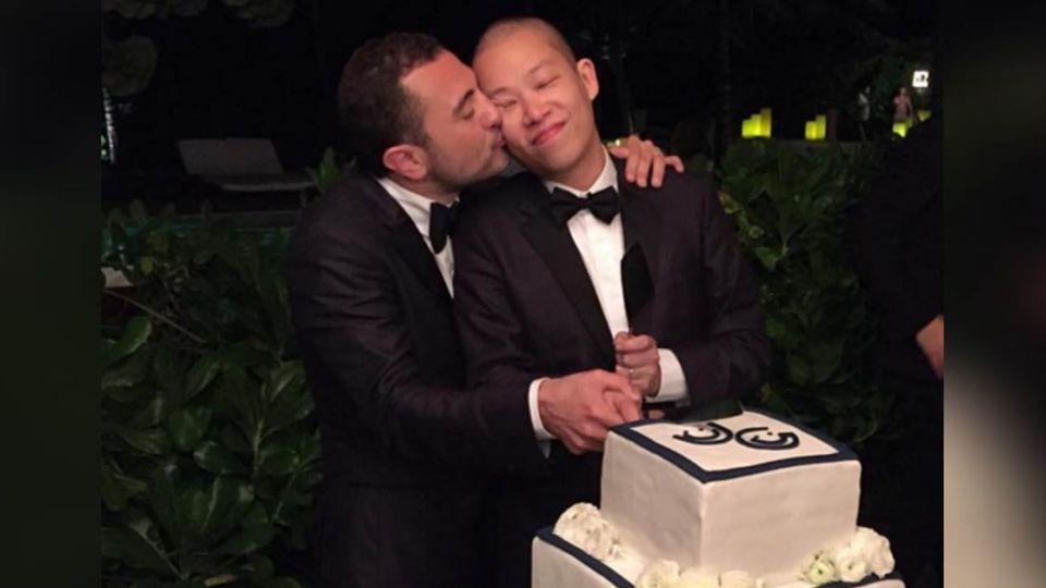 台裔設計師吳季剛結婚了!與11年男友終成眷屬