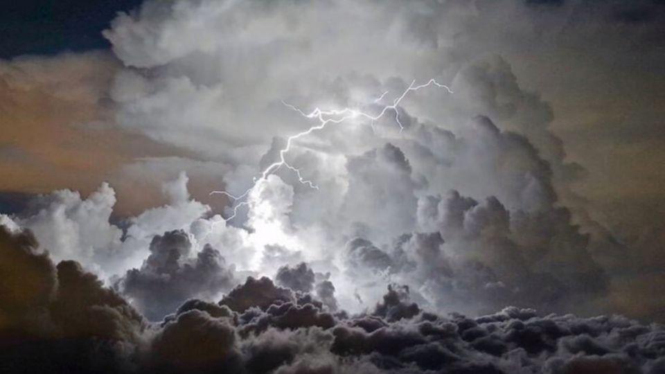 【影片】遇到打雷閃電該怎辦?2分鐘影片告訴你!