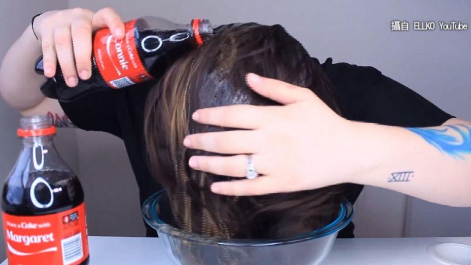 網傳汽水洗頭增髮量? 醫:頭皮角質層恐腐蝕