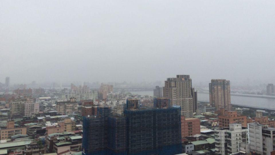 雷公雨神還沒走!南部三縣市嚴防大雨