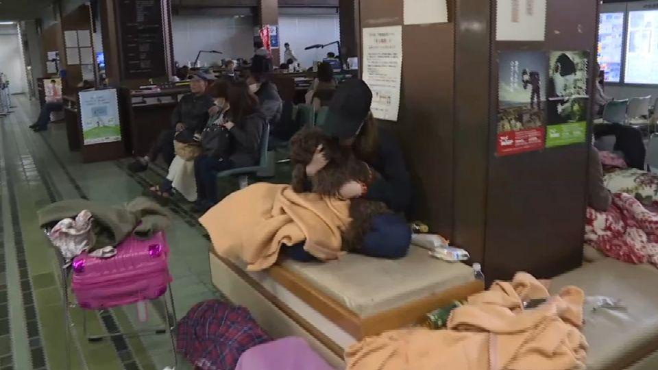 東森團隊前進熊本 200居民市公所躲地震