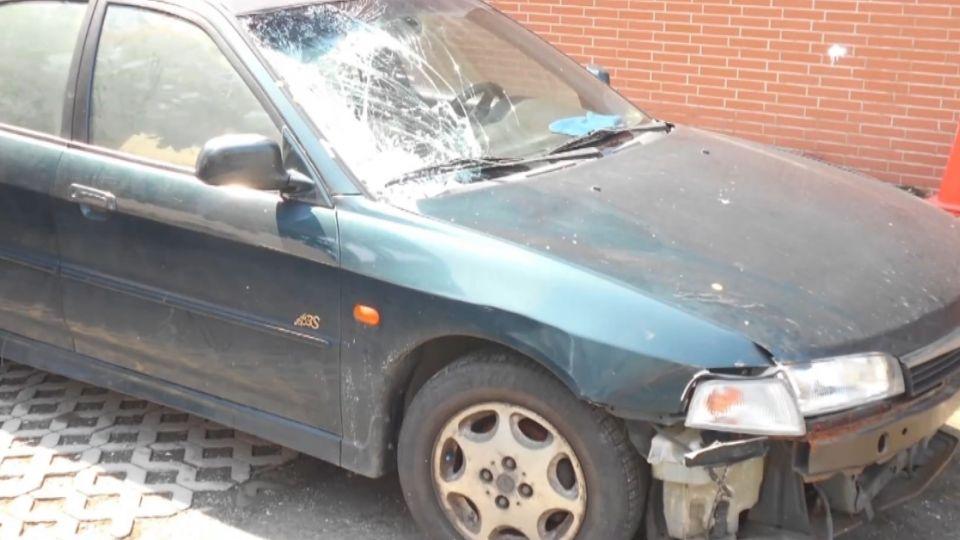 疑吸毒撞死女師夫妻害1死1傷 男棄車翻牆逃