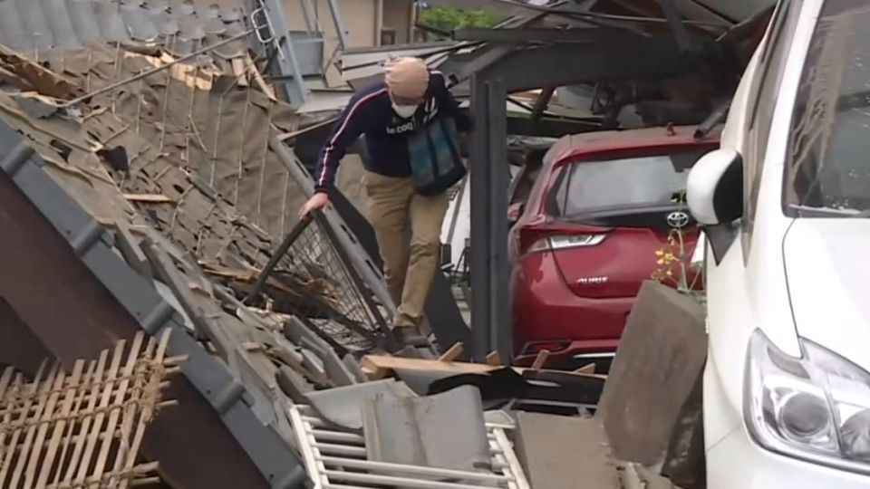 熊本7.3強震上下搖晃 木造平房夷為平地
