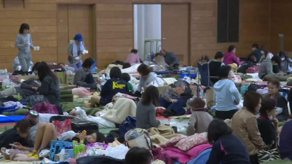 熊本重災區益城町 體育館成居民棲身之地