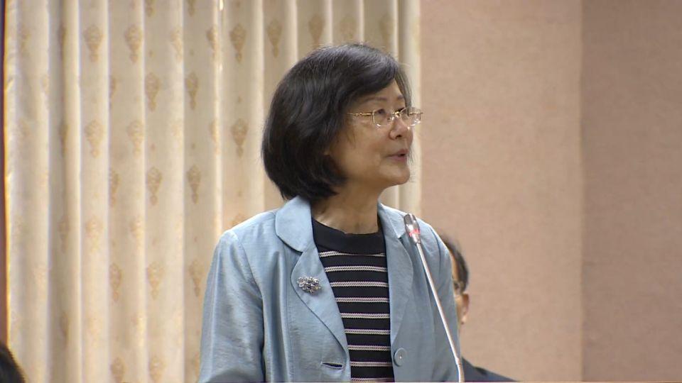 法律系發動掛失證書抵制 羅瑩雪:我做什麼傷天害理事