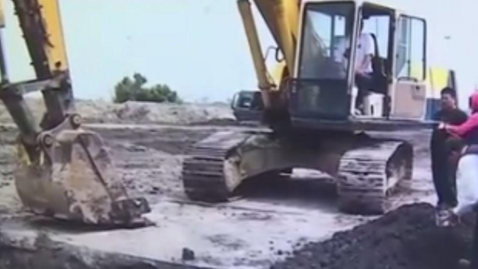 開挖農地埋廢棄物 秀傳醫院總裁30萬交保