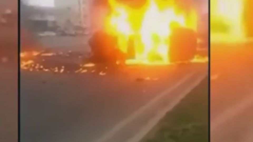 加油加太滿引火災 乘客著火被燒到剩內褲