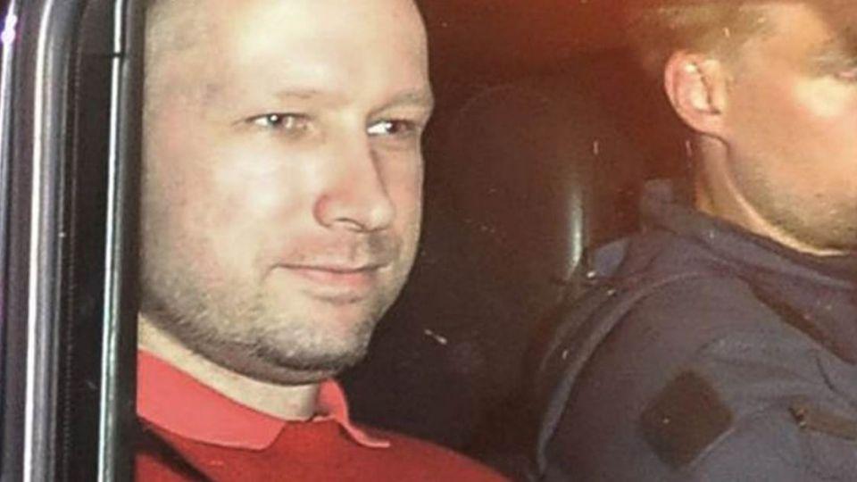 挪威殺人魔狠奪77命 告政府勝訴改睡「豪華牢房」