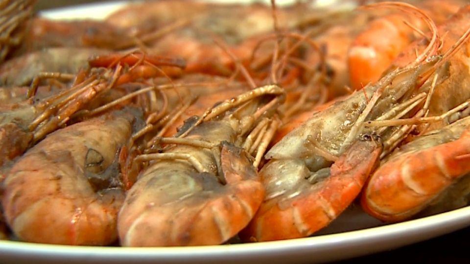 好吃胡椒蝦 挑泰國母蝦 胡椒、鹽、米酒悶煮