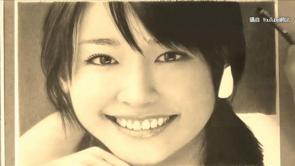 超強鉛筆畫 畫下日本甜美偶像萌樣