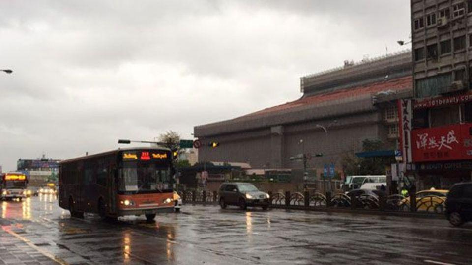 雨神回歸!各地皆有局部陣雨 台中高雄防冰雹
