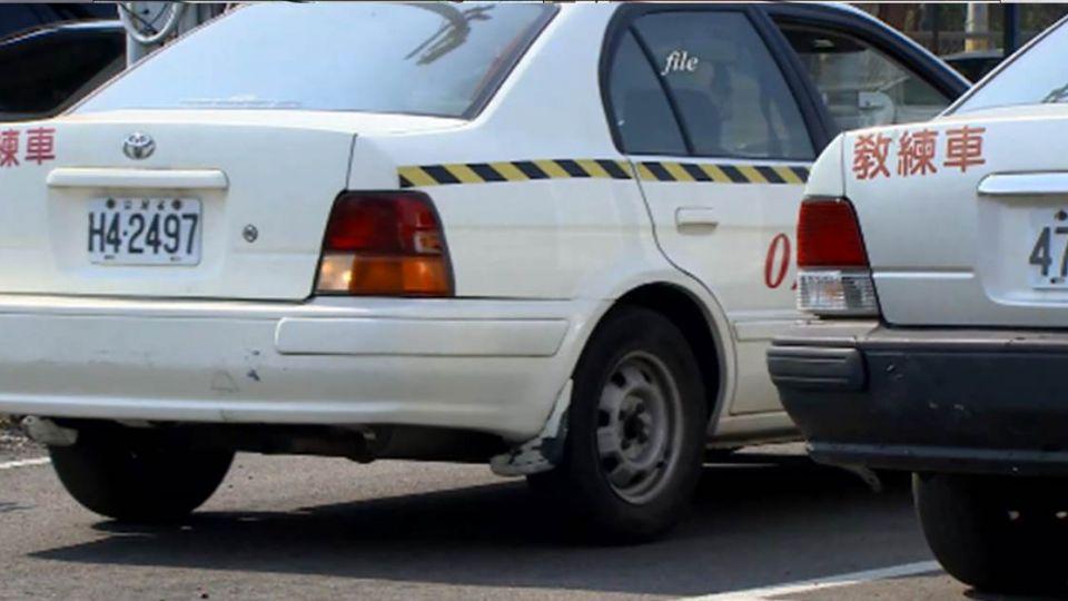 75歲高齡駕駛 每2年換照 得通過「兩項測驗」