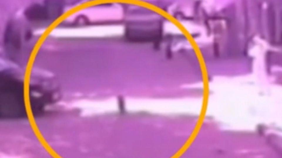 「只顧低頭滑手機」 母不知兩歲兒遭車輾斃...