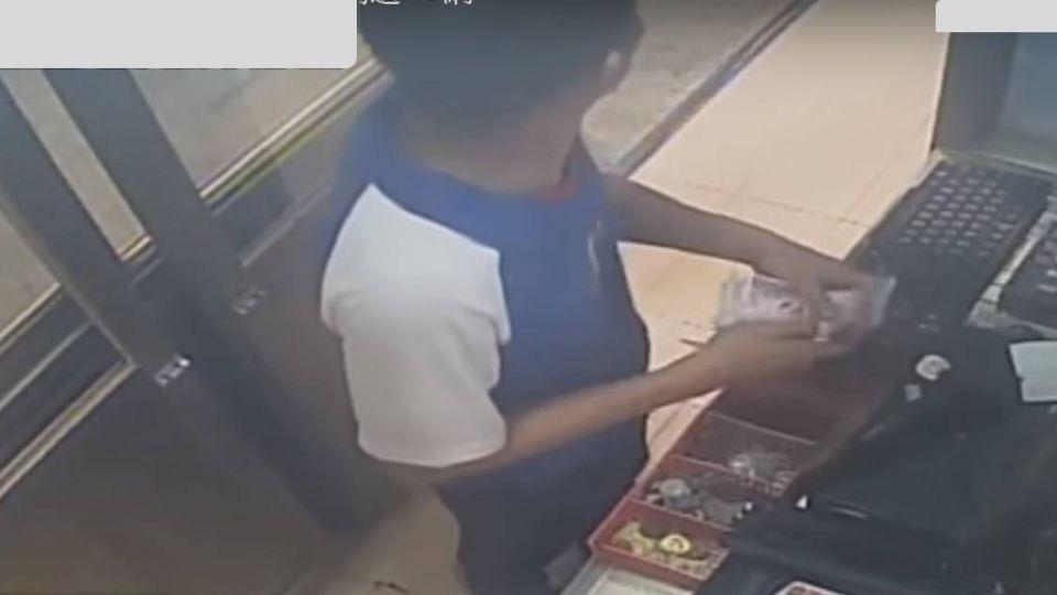 【影片】誇張!上班兩天就當賊 4萬油錢捲款逃