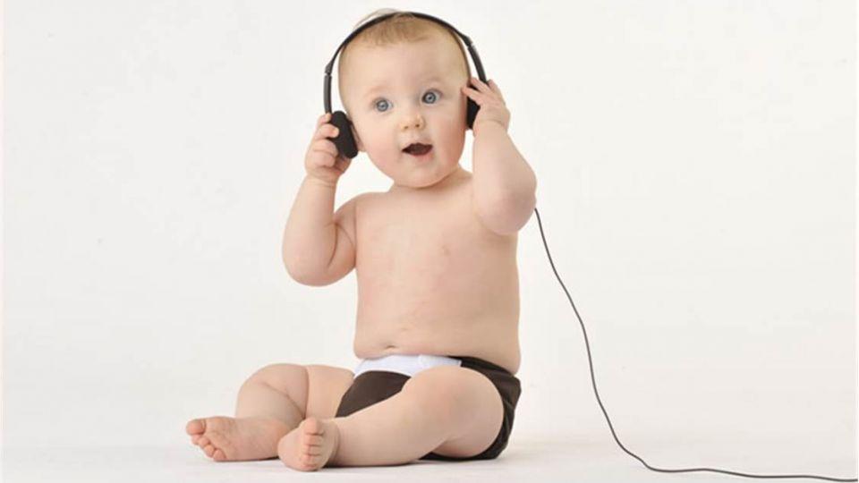 媽媽注意!美研究:寶寶聽音樂有助語言學習