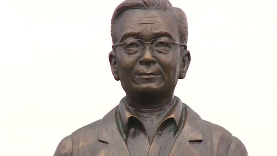 僅當一天台灣英雄! 溫家寶雕像業者自拆