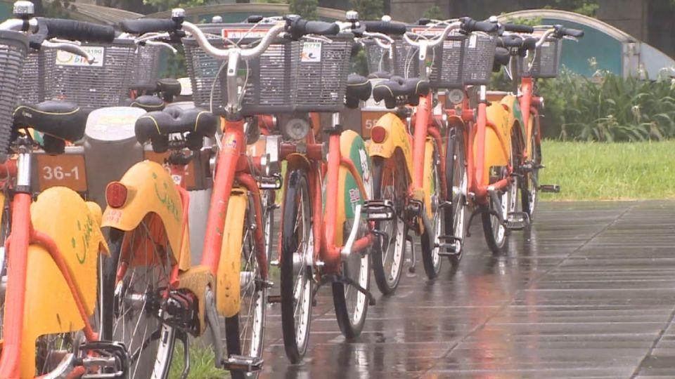柯P要求「雨天騎車」誘因 民眾:怎麼可能