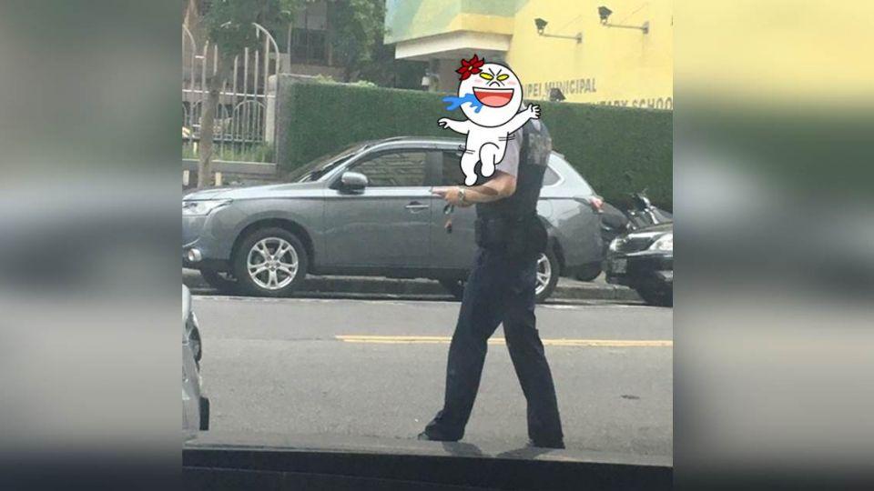 流口水!巧遇小鮮肉員警 女網友:拜託把他神出來