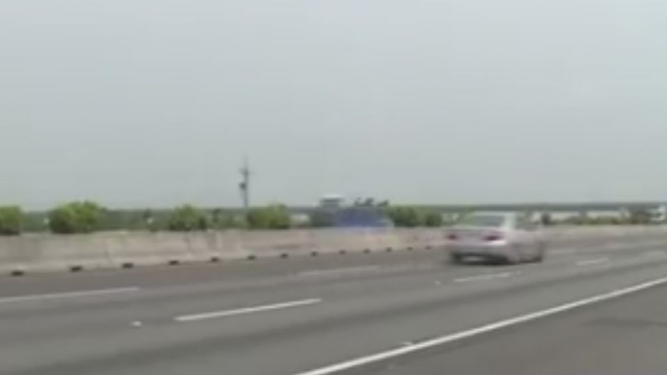 轎車國道失控自撞護欄 疑競速釀禍 駕駛否認