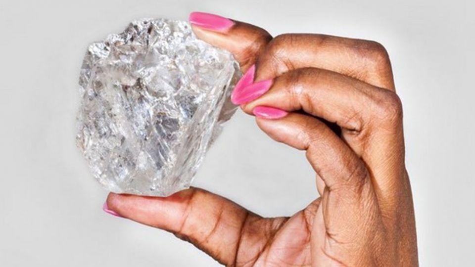 埋藏30億年!1109克拉網球大鑽石 搶攻「天價榜」