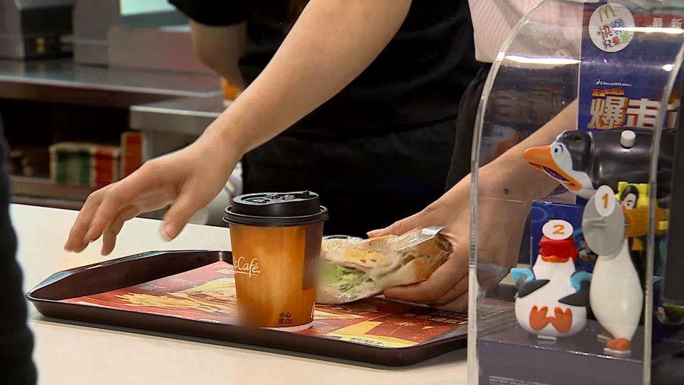 美麥當勞推全天候早餐 帶動股價大漲40%