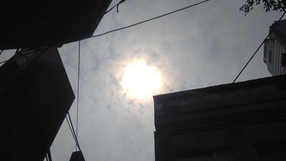 明太陽高掛防中暑 天氣炎熱高溫34度