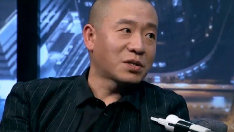 大陸搖滾歌手「梁龍」自爆  與王菲有過一段情