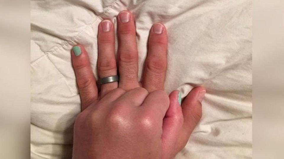 有生之年做妳的「小拇指」這雙手感動12萬網友