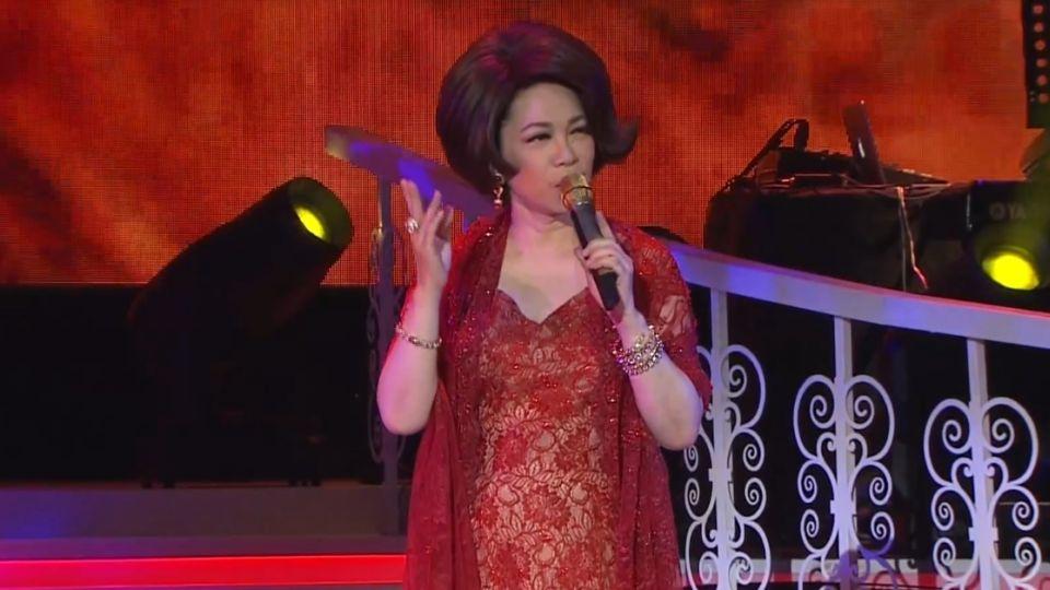蔡琴第三場台北演唱會 台上落淚感謝媽媽