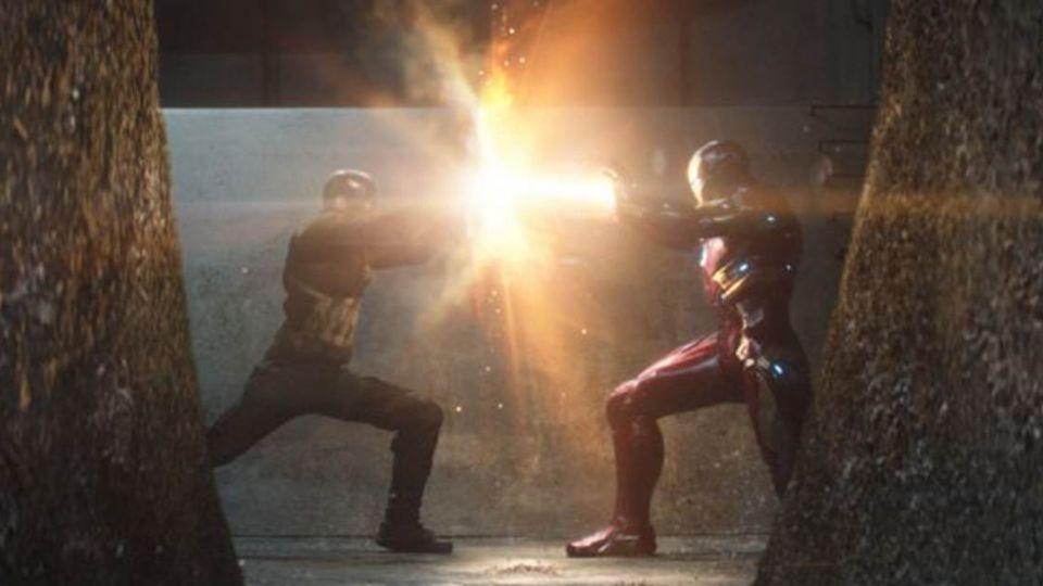 台版《英雄內戰》真實上演!網友笑翻:戰況猛烈
