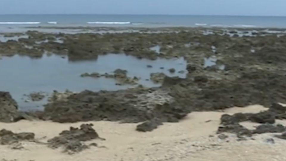 悠活進駐後...遊客湧潮間帶 破壞生態