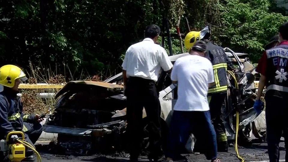 火燒車肇事者 追撞前先撞機車肇逃
