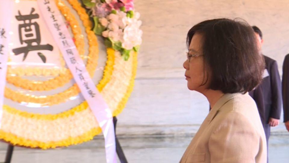 蔡總統首赴忠烈祠祭拜 取消遙祭國父、念祭文